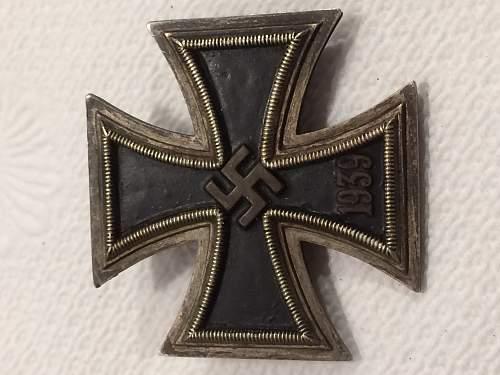 Field converted Eisernes Kreuz 2. Klasse to 1. Klasse