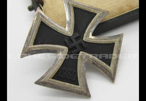 Question about maker Eisernes Kreuz 1