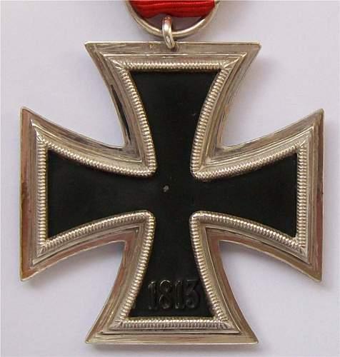 Eisernes Kreuz 2nd class variant?