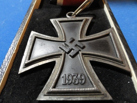 Ritterkreuz / Knights Cross of the Iron Cross - MM = 800