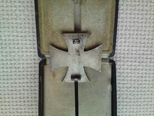 Click image for larger version.  Name:iron cross -05.jpg Views:69 Size:104.0 KB ID:122842