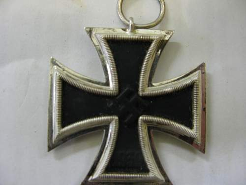 Click image for larger version.  Name:medal 01.JPG Views:65 Size:46.5 KB ID:129443