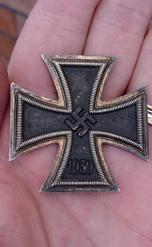 Seeking information on these two Nazi Iron Crosses