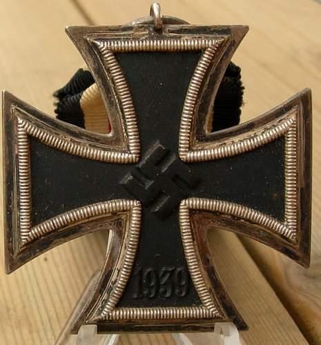 '27' marked 1939 Eisernes Kreuz Klasse 2