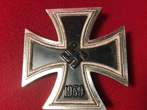 Eisernes Kreuz 1. Klasse L15 Friedrich Orth. Floch or Genuine?
