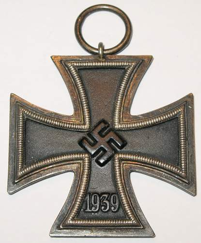 Two Eisernes Kreuz (EK2) - Opinions??