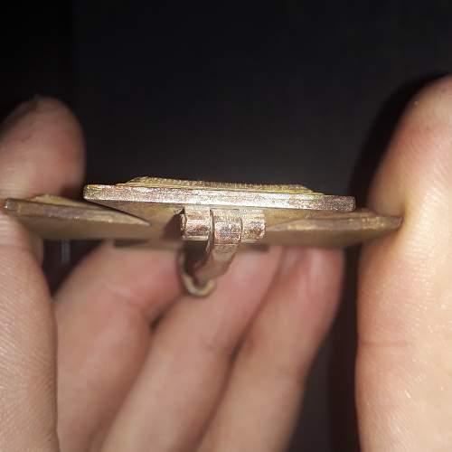 New to collecting. Brass Core Eisernes Kreuz 1. Klasse real or fake?