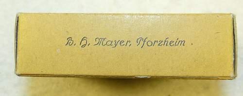 EK1 outer carton.