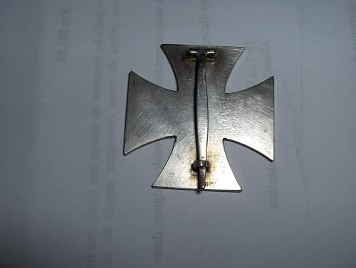 Click image for larger version.  Name:Eisernes Kreuz I. Klasse - arriere (a).jpg Views:128 Size:240.6 KB ID:160755