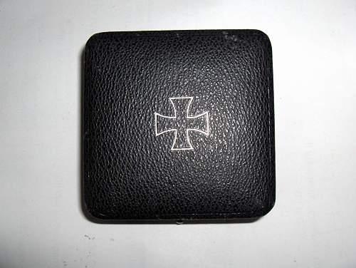 Click image for larger version.  Name:Eisernes Kreuz I. Klasse - coffret (b).jpg Views:145 Size:250.2 KB ID:160760