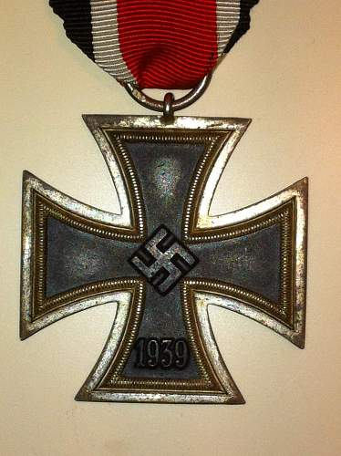 Click image for larger version.  Name:Knights Cross 2nd Class 002.jpg Views:975 Size:258.7 KB ID:173437