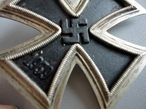 Click image for larger version.  Name:Iron Cross 006.JPG Views:81 Size:141.5 KB ID:175692