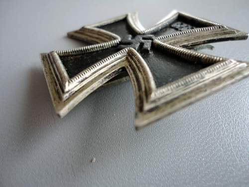 Click image for larger version.  Name:Iron Cross 002.JPG Views:56 Size:127.4 KB ID:175695