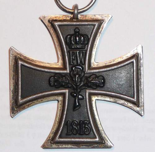 Do you know this cross/frame ?