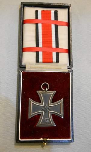 Cased Eisernes Kreuz 2nd Klasse....Opinions