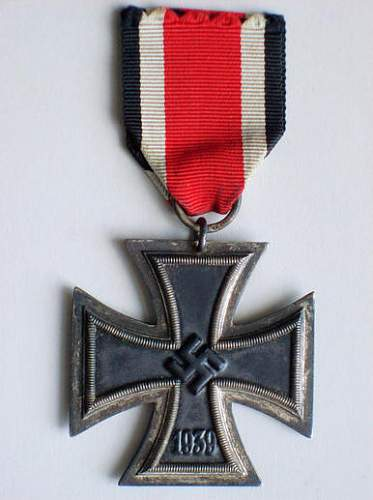 Click image for larger version.  Name:5045iron cross.jpg Views:53 Size:57.3 KB ID:212242
