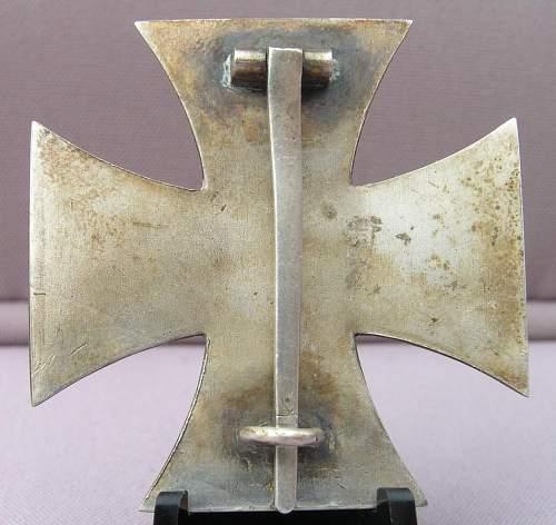 Eisernes Kreuz  1 Klasse - Opinions on maker