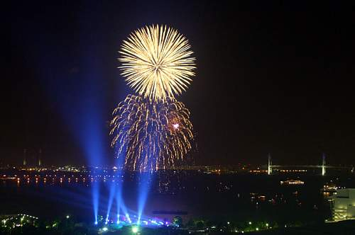 Click image for larger version.  Name:vuurwerk-011.jpg Views:79 Size:96.4 KB ID:245109