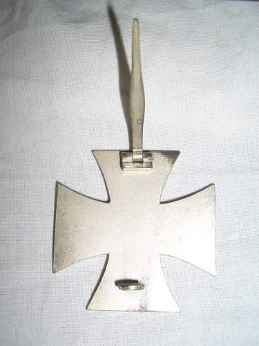 Eisernes Kreuz 1st class in its box from Jersey, Channel Islands.