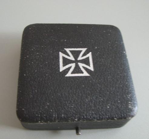 EK1 box , fake or not?
