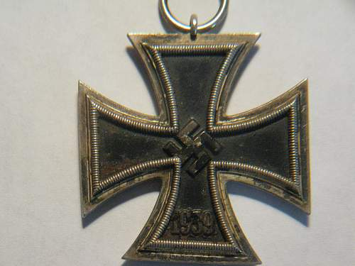 Click image for larger version.  Name:iron cross 001.jpg Views:23 Size:252.3 KB ID:297809
