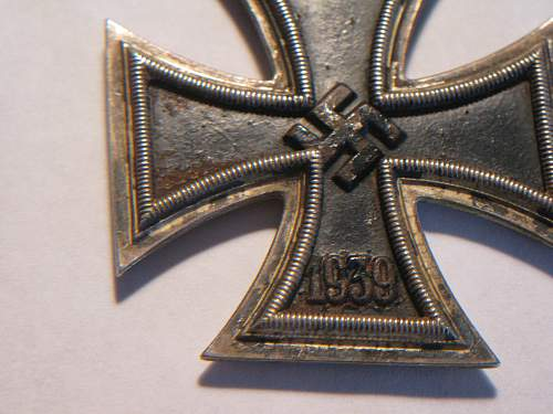 Click image for larger version.  Name:iron cross 003.jpg Views:27 Size:250.2 KB ID:297813