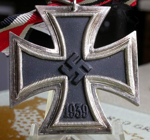Click image for larger version.  Name:iron_cross_1.jpg Views:69 Size:244.0 KB ID:302918