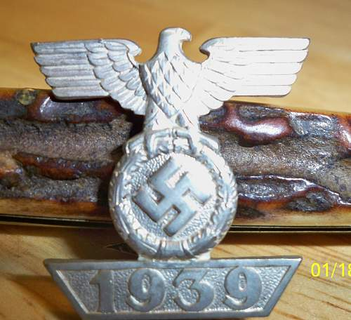 Click image for larger version.  Name:medals 027.jpg Views:35 Size:235.3 KB ID:303108