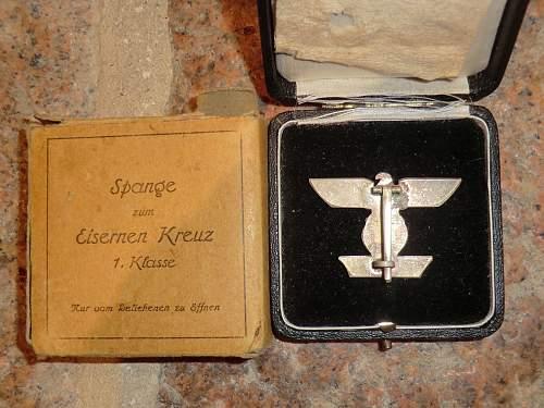 1939 Spange Zum Eisernes Kreuz 1Kl. and box.