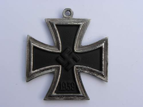 i received this ritterkreuz, the swastika looks off to me, please help