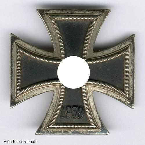 Click image for larger version.  Name:00695_b2_-_deutsches_reich_eisernes_kreuz_1939_i._klasse_von_meybauer_berlin[1].jpg Views:65 Size:245.7 KB ID:354442