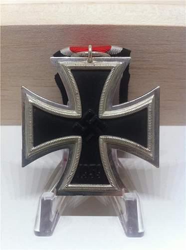 Eisernes Kreuz 2. Klasse : '76' Ernst L. Muller