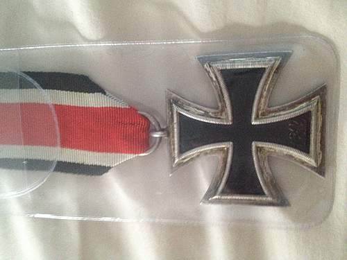 your opinion if this is a real 1939 Eisernes Kreuz please