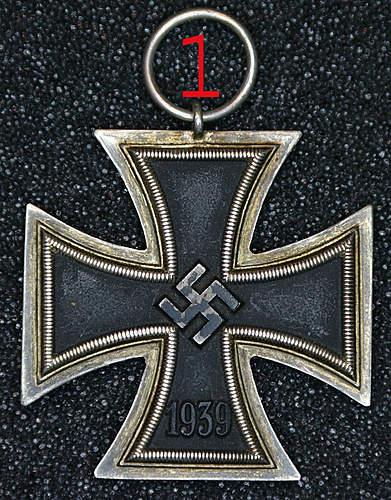 Two Eisernes Kreuz 2.Klasse.