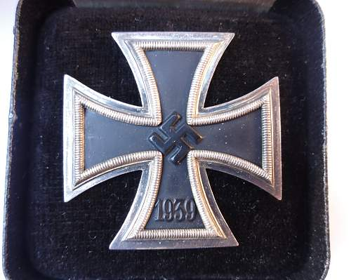 Click image for larger version.  Name:12may12 medals 021.jpg Views:498 Size:237.7 KB ID:385480