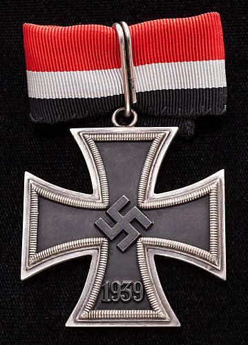 Opinions on this Ritterkreuz.