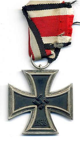 Click image for larger version.  Name:Eisernes Kreuz 2. Klasse UM 1.jpg Views:35 Size:202.6 KB ID:396261