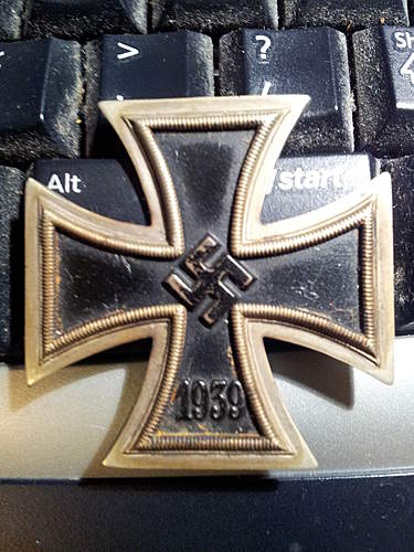 opinion needed on 39 Eisernes Kreuz