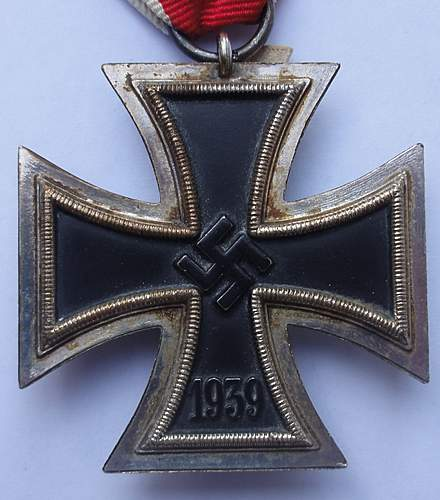 Click image for larger version.  Name:food iron cross 035.jpg Views:31 Size:197.7 KB ID:397020