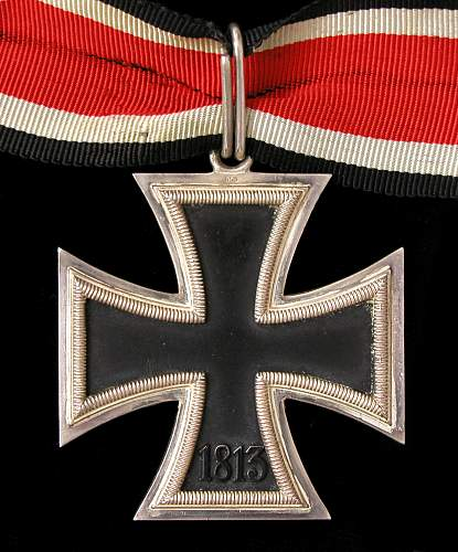 Click image for larger version.  Name:Knights Cross Back.jpg Views:77 Size:207.5 KB ID:398746