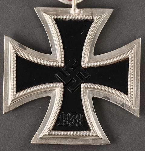 2 x Eisernes Kreuz 2. Klasse - '93' Richard Simm & Sohne