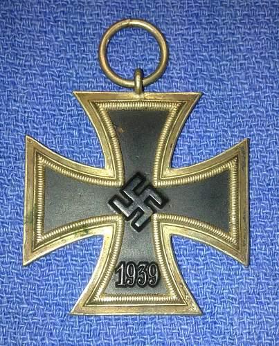 Identify Unmarked Eisernes Kreuz 2 please
