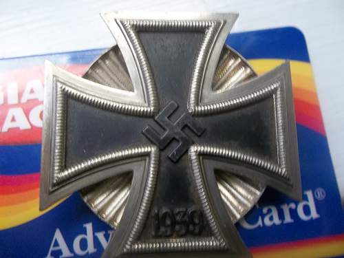 WW2 EK1 Clamshell Screwbac