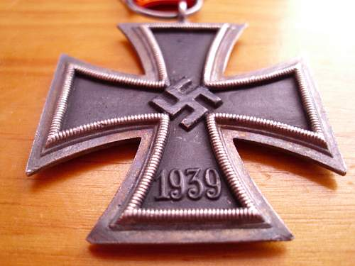 Click image for larger version.  Name:Iron Cross (2).jpg Views:53 Size:215.8 KB ID:446985