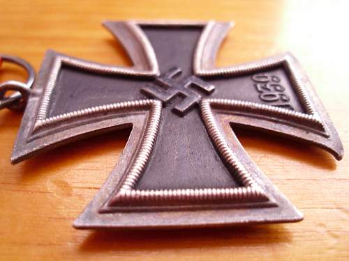 Click image for larger version.  Name:Iron Cross (3).jpg Views:58 Size:214.1 KB ID:446986