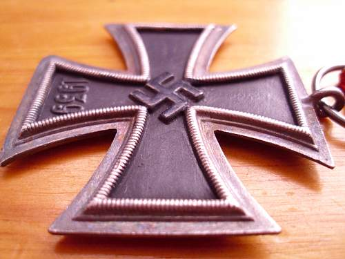 Click image for larger version.  Name:Iron Cross (5).jpg Views:57 Size:216.5 KB ID:446988