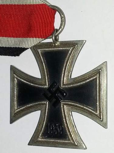 Eisernes Kreuz 2.Klasse maker 120 ....real or fake