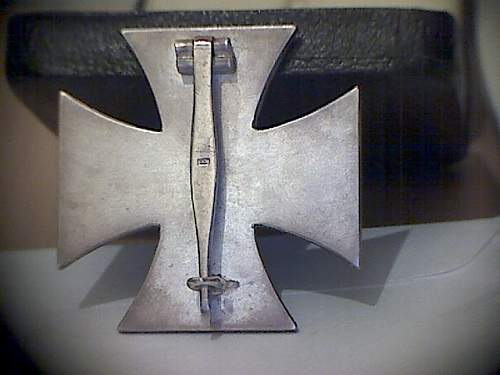 Eisernes Kreuz 1 MM 15 (Friedrich Orth, Wien) mit Etui