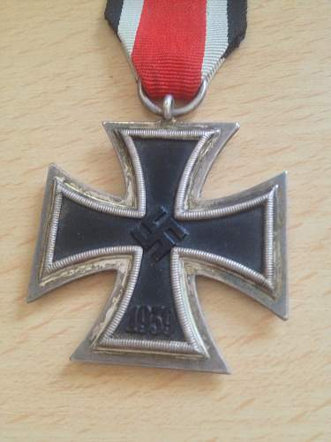 Click image for larger version.  Name:iron cross 2nd class 1.jpg Views:37 Size:40.0 KB ID:510674