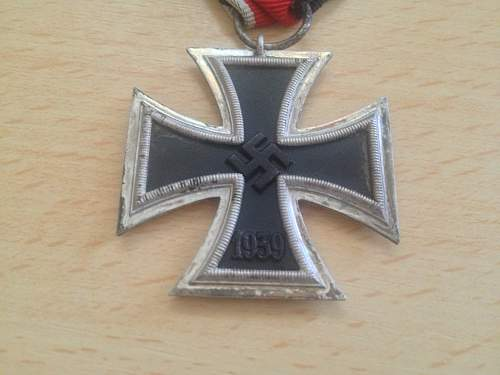 Click image for larger version.  Name:s8L iron cross 1.jpg Views:30 Size:56.0 KB ID:518224